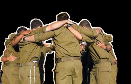 המצילים של החיילים החרדים שסולקו מביתם